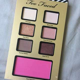 Too Faced I believe in Pink eyeshadow Palette