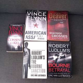 4  Big Bks Jeffery Deaver Roadside Crosses Robert Ludlum's The Bourne Betrayal The Bourne Sanction   Eric Van Luster Vince Flynn American Assassin (Thriller Bestselling New York Times