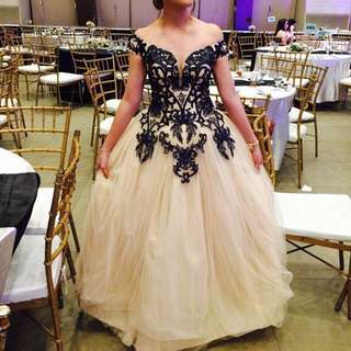 Elegant long gown for rent