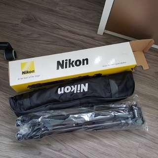 Nikon SL 168 Tripod