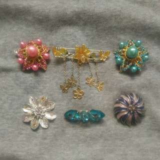 Brooches Bundle