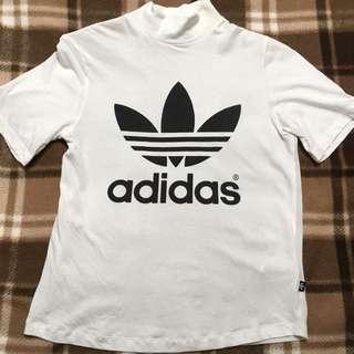 Adidas高領上衣