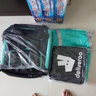 deliveroo core items. Big and small bags. Jacket(L)