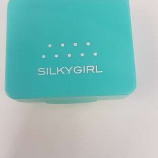 Silkygirl pure fresh oily control pressed powder (Natural)