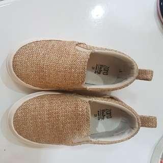 Sepatu zara baby
