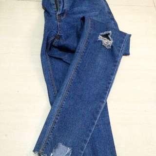 Ripped Jeans Skiny #CNY2018