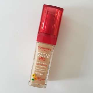 Bourjois Healthy Mix Foundation in Beige
