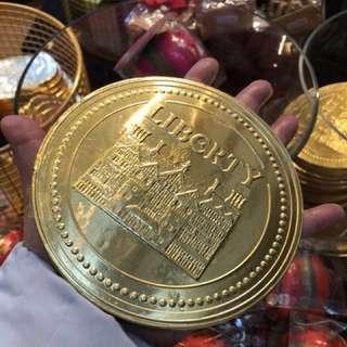 英國直飛金銀滿屋- 新年5寸朱古力金幣(成隻手咁大)適合送禮/擺設/做生意攞意頭