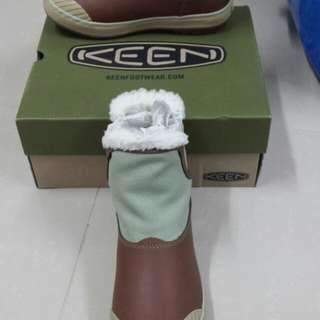 Keen 防水鞋 (US: 6.5)