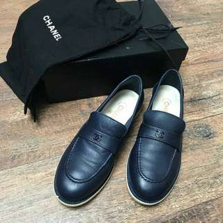 Pre Chanel moccasin navy sz 38C (db box)