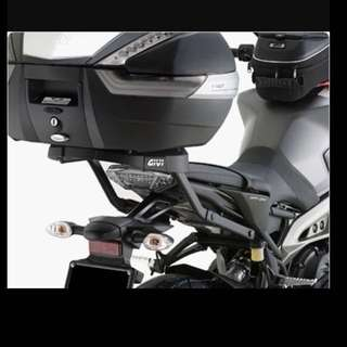 Givi Rear Rack MT09 model 2014-2015