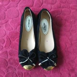 Flatshoes balck gold