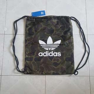 Adidas 背袋(全新)