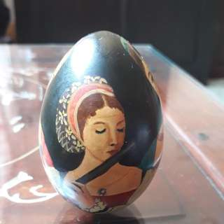 vintage egg shell arts pysanky  of 3 women's  very rare