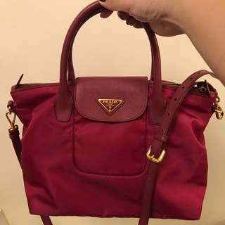 Prada Handbag 2 ways use (桃紅色)