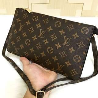 New arrival Louis vuitton sling+handbag with long strap (8008)