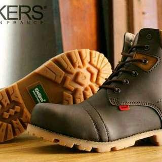 sepatu boots safety ujung besi KICKERS hazard