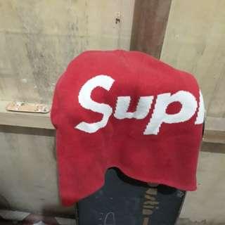 supreme bonet