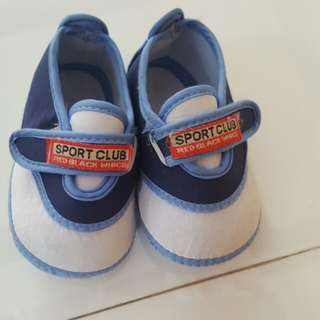 0 to 6 months Baby Boy Crib Soft Shoes