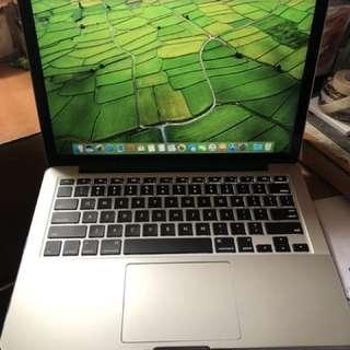 """二手 90%新 apple macbook pro 13""""2015 early retina 2.7Ghz i5 core  8gb DDR 256 ssd (電池次數 96)行貨 跟火牛"""