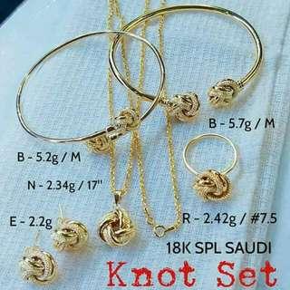 Saudi Gold Set 18 Karats
