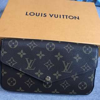 🎁LV Louis Vuitton Pochette Bag