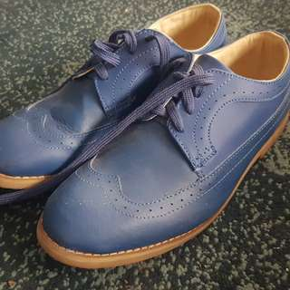 Bench Wingtip shoes