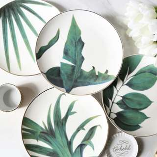 4pcs Tropical Style Gold Inlay Dessert Plates