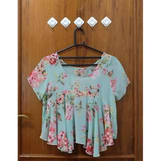 flowery blouse/top
