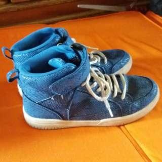Jual sepatu anak laki-laki merk H&M