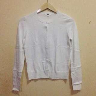 UNIQLO Women Crew Neck Cardigan Size S (White)
