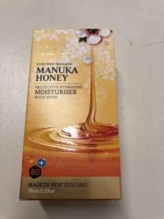 Mauka honey moisturiser SPF 30 by Wild Fern's