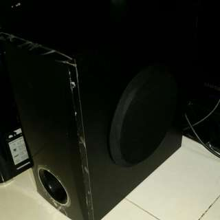 LG subwoofer SH33SD-W