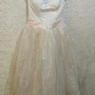 Rent:Ball gown