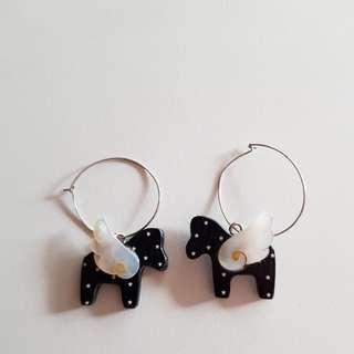 Cute flying horse earrings