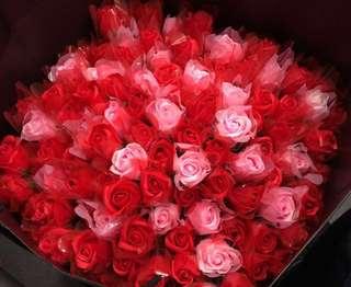 情人節禮物 生日禮物  香皂花 永生花 可保存三年 $5蚊 多過一百枝 $3枝
