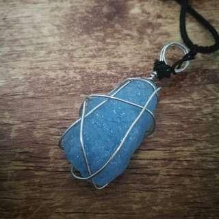Natural Aquamarine Raw Stone Necklace per piece