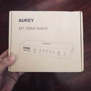 Aukey 4K HDMI Switcher 5 Input 1 Output (5x1) 1080p 3D HDMI Splitter Metal Box with IR Controller