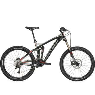 "TREK Slash 8 15.5"" Gloss Black/Gloss Ti BICYCLE  -- 50% DISCOUNT"