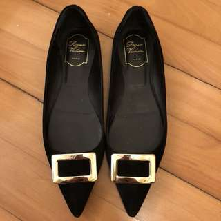 Roger Vivier Point Toe Flat Shoes