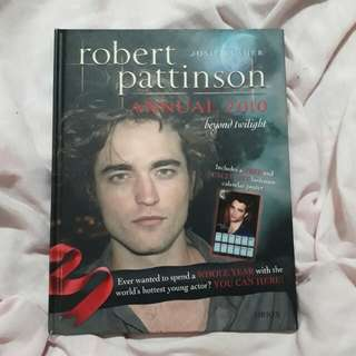 Robert Pattinson: Annual 2010 - Beyond Twilight
