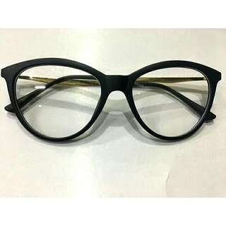 Eye glass (semi-cat eye design) w/ free pouch