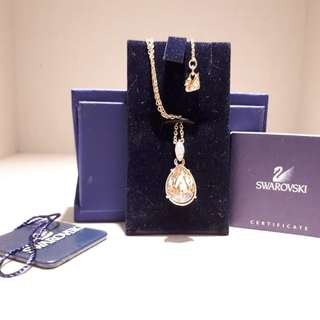 BNIB Swarovski lime pendant pink gold plating necklace