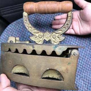 Iron antique (tembaga)