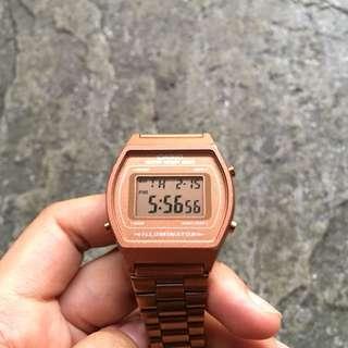 Casio Rosegold Watch