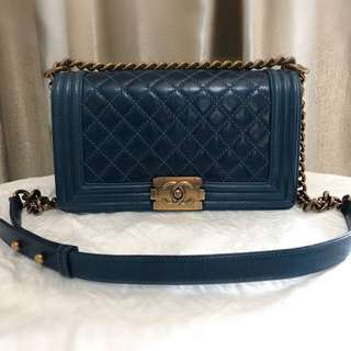 (換袋) CHANEL leboy medium