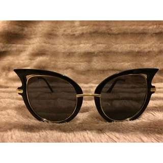 Cat eye sunglasses 👓