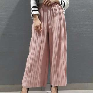CLEARANCE Pleated Pants in Pink