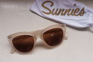 Sunnies White Sunglasses