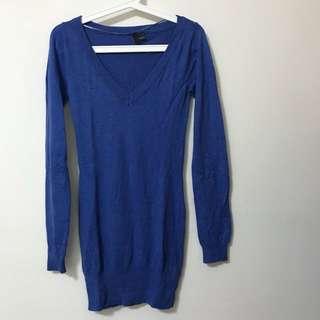 H&M V neck Long Sweater Size 34